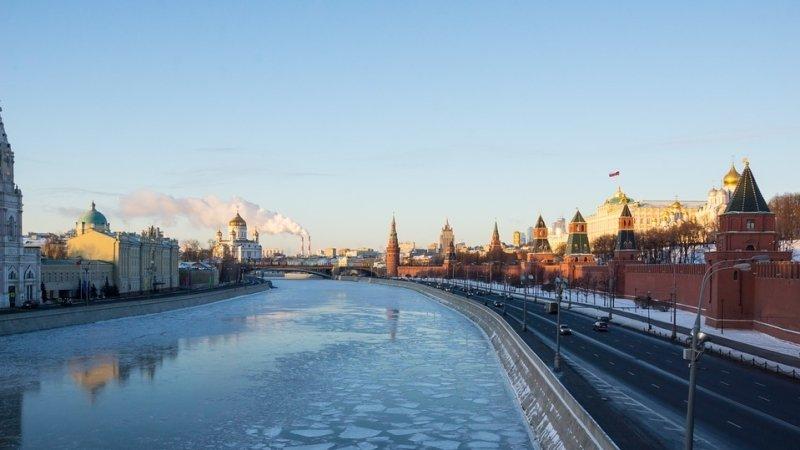 Кремль опроверг объявление штаба Макрона опричастности ккибератакам