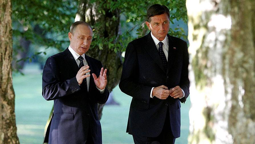 pic4. Президенты России и Словении Владимир Путин и Борут Пахор беседуют после церемонии открытия монумента