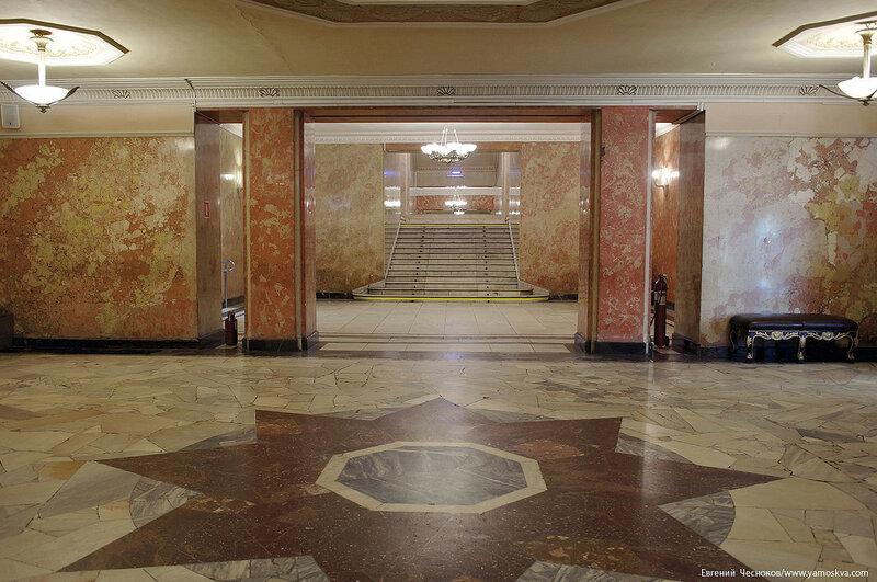 12. Театр Ромэн. гардероб. 08.04.17.02..jpg