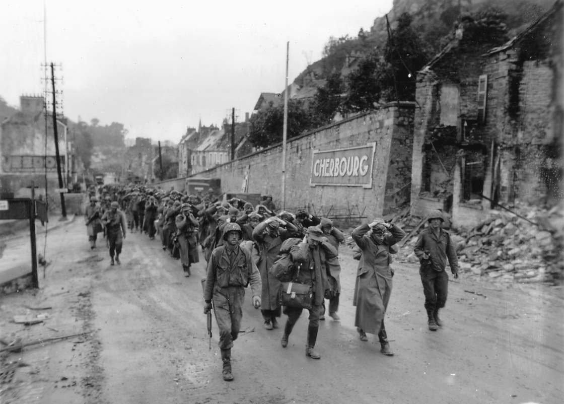 4300 photographs from the Invasion of Normandy are now available online