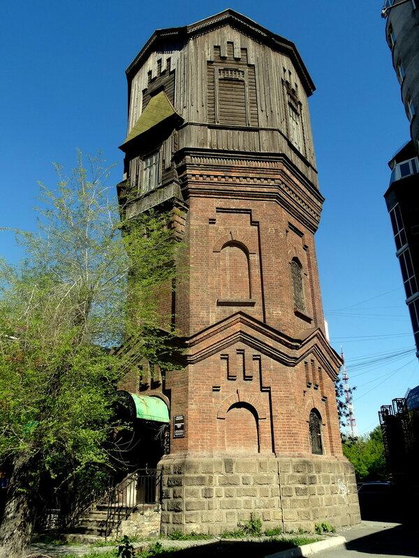 Водонапорная башня в Челябинске