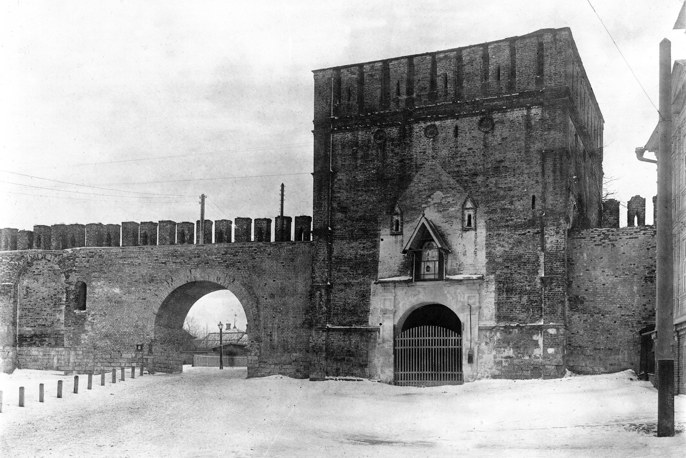 Никольская башня. 1907