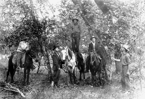 TexasLynching1910dpl.jpg