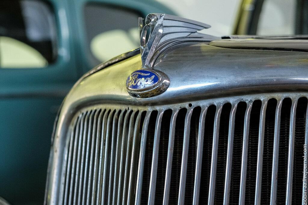 Ford V-8