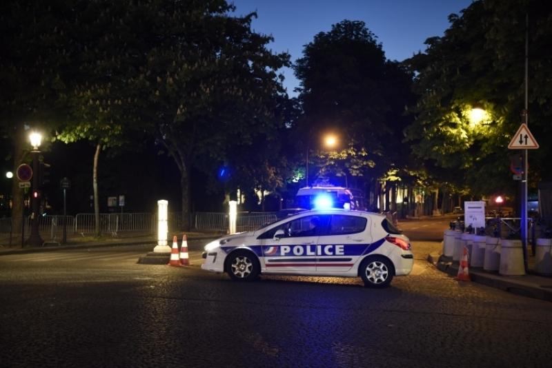 Вовремя акции протеста вцентре Парижа произошли стычки сполицией