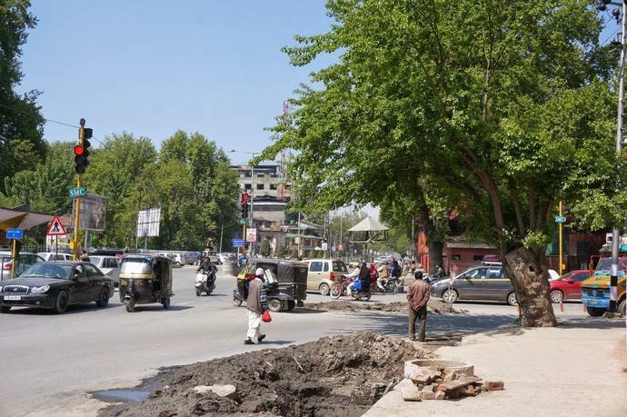 Индия: дорожный хаос, в котором прав тот, у кого громче сигнал клаксона
