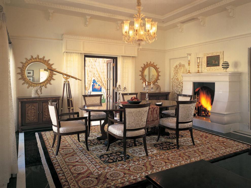 12. Ну и конечно, отдельная гостиная для ваших посетителей.