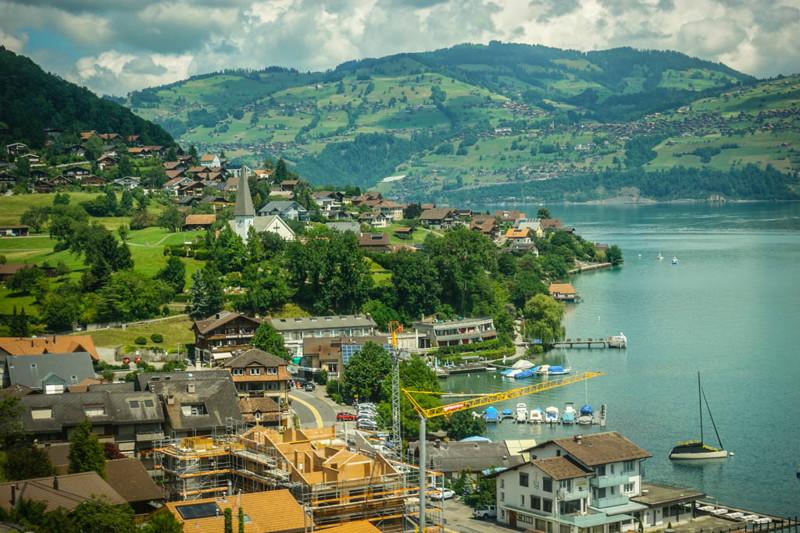 Да, швейцарские поезда удобны, и ходят по расписанию, однако это то, что мы ожидаем от всех нормальн