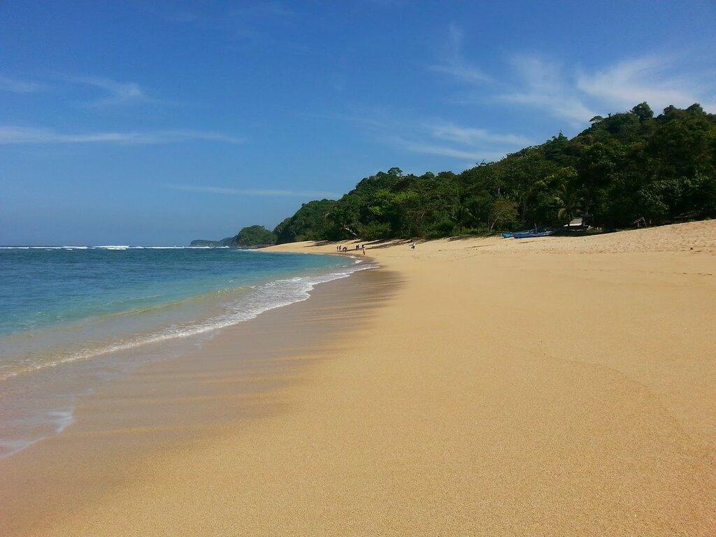 Пляж Сенданг Биру
