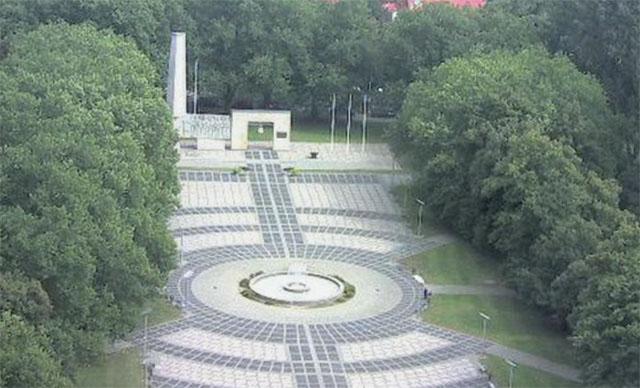 10.07.2017 19:51 Жители Гожува выступили против переноса памятника советским воинам
