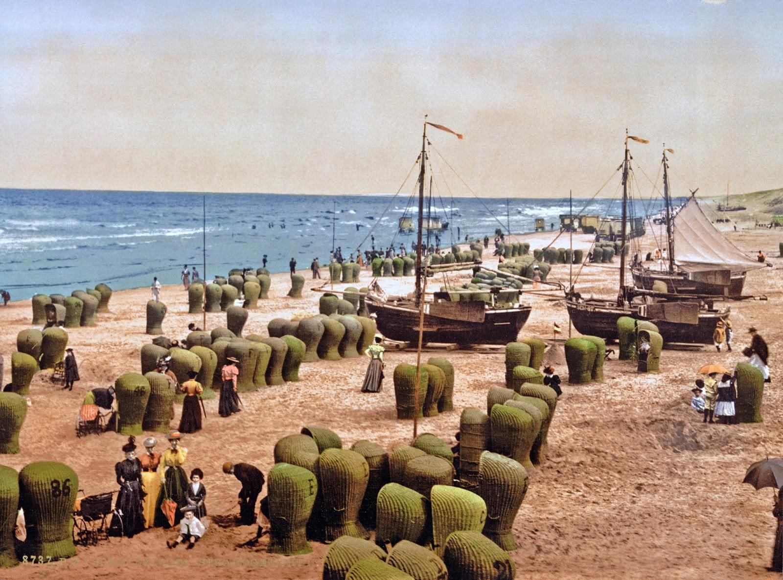 The beach, Scheveningen, Holland, ca. 1890-1900.jpg