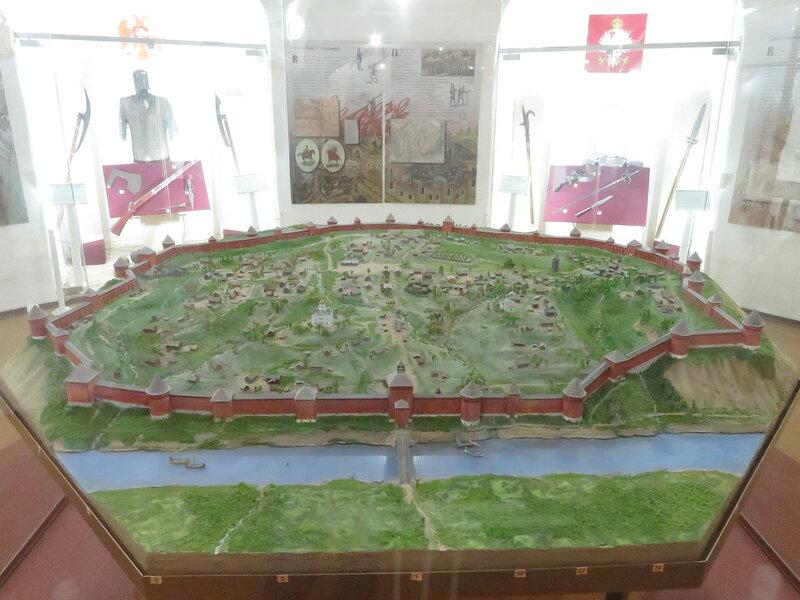 Реконструкция Смоленской крепости. Вид на северную часть