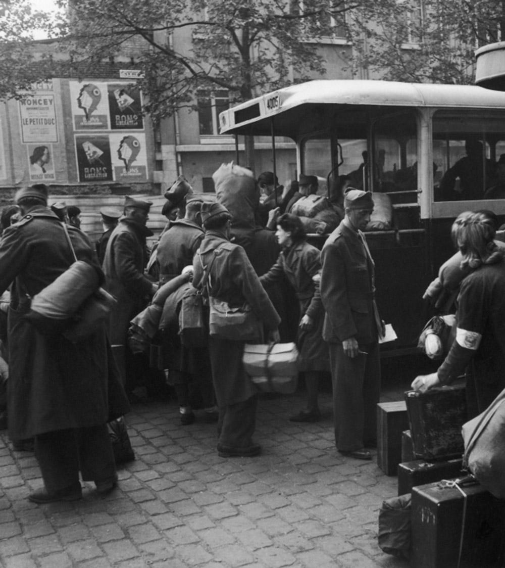 1945. Апрель. Возвращение военнопленных