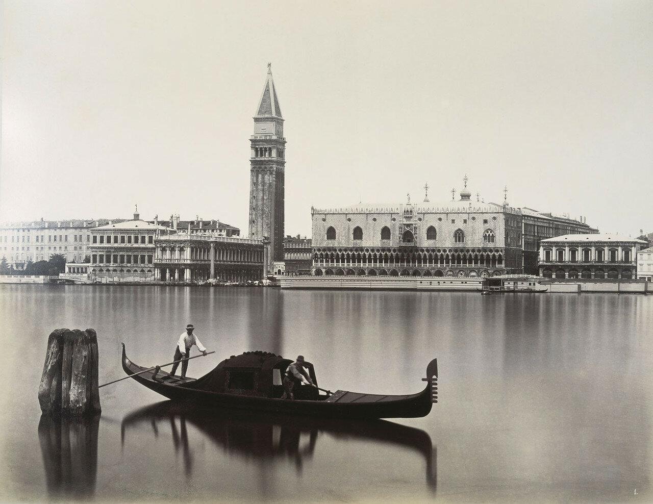 Вид на Библиотеку Марчиана, Кампанилу собора Святого Марка и Дворец Дожей  с острова Сан-Джорджо Маджоре. 1875