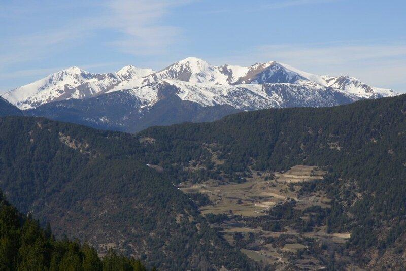 Андорра, Энкамп, горы и долина