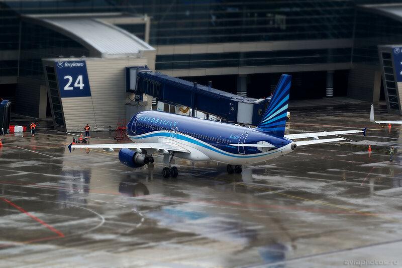 Airbus A320-214 (4K-AZ77) AZAL 246_D801843a