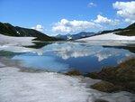 Горное озеро в июне..jpg