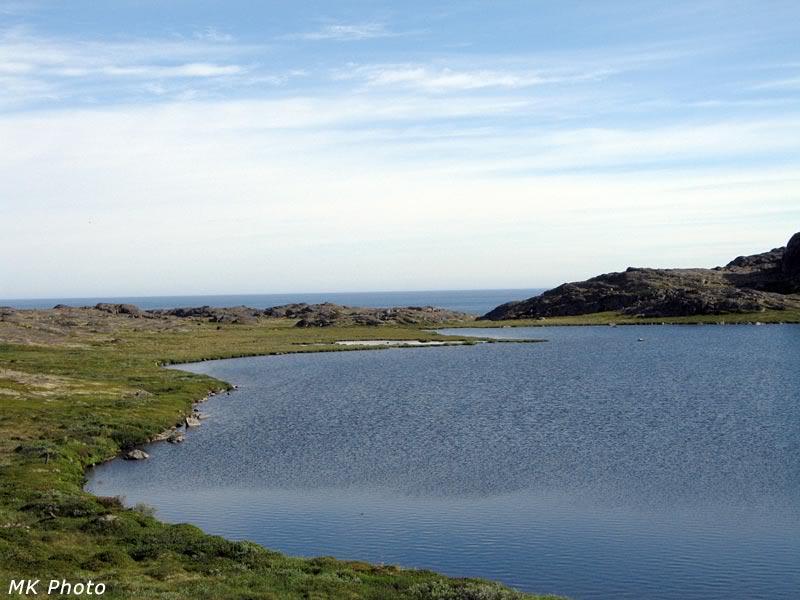 Озеро и море