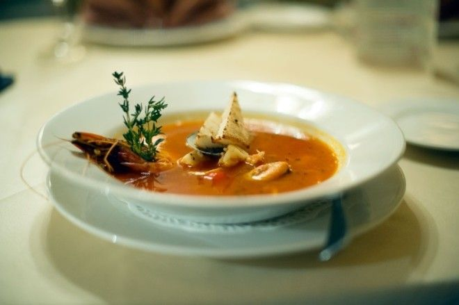 Вторые блюда Тем, кто не искушен частыми походами в ресторан, лучше остановить свой выбор на филе, е