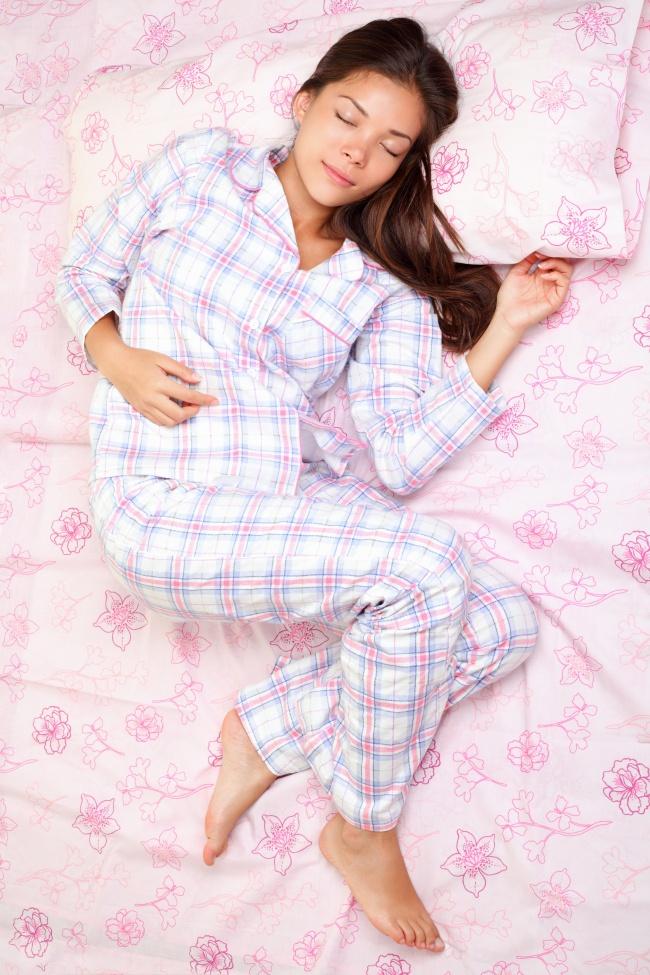 © depositphotos  Вжарких странах вотелях непринято выдавать теплые одеяла. Аночи там тем н