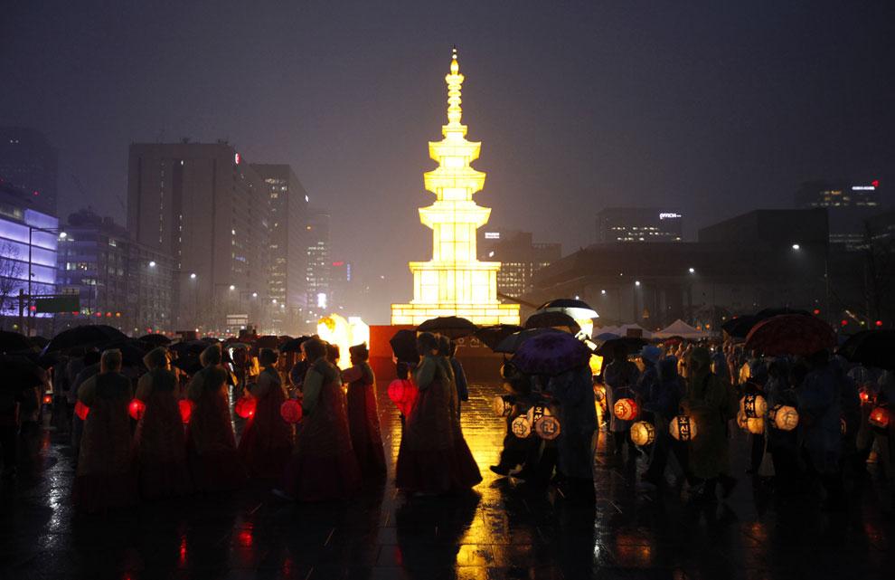 Храм Jogye в Сеуле, 3 мая 2013. (Фото AP Photo | Ahn Young-joon):
