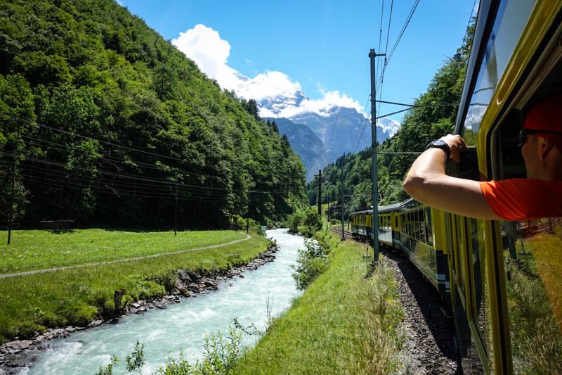 А уж если вы завернёте в горы, то сможете снимать заснеженные вершины прямо из окна своего состава.