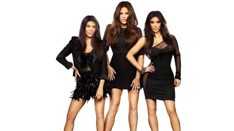 4. Ее шоу ужасно Да, шоу Keeping Up with the Kardashians все еще показывают по телевизору. Но его ре