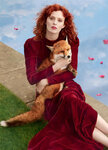Karen-Elson-as-the-The-Velvet-Vixen-for-Bazaar-UK-02.jpg