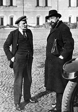 19181016-lenin_bontsch_burewitsch_kreml.jpg