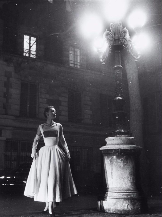 1952. Съемка Люсьен Фогель для Jardin des Modes, Площадь Фюрстенберг