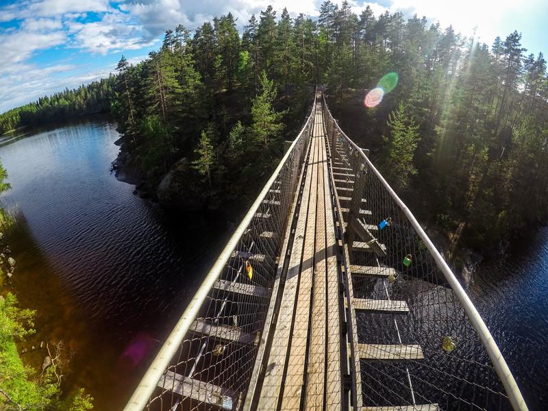 и конечно, мой любимый подвесной мост!