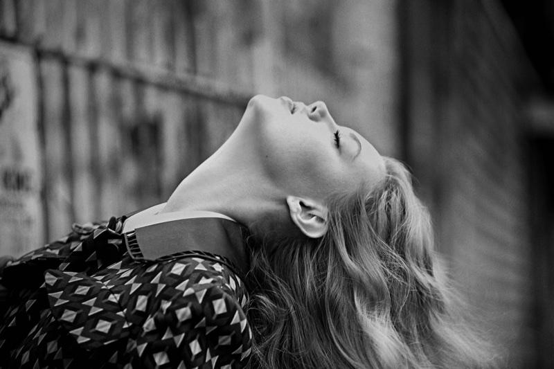 Линдси Виксон в Vogue Portugal