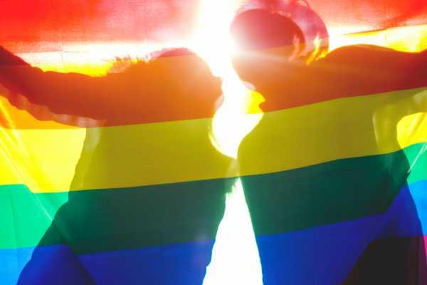 СМИ поведали о«секретных тюрьмах» для геев вЧечне