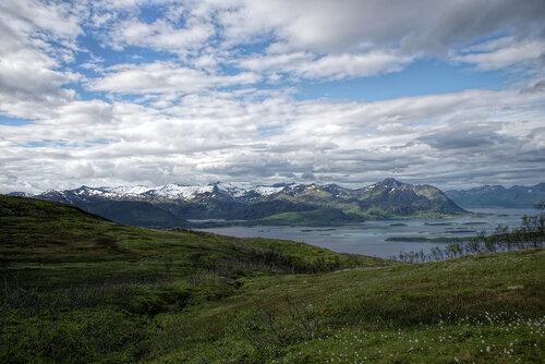 Фото отчет. Норвегия. Остров Сенья. Трек на вершину Husfjellet.