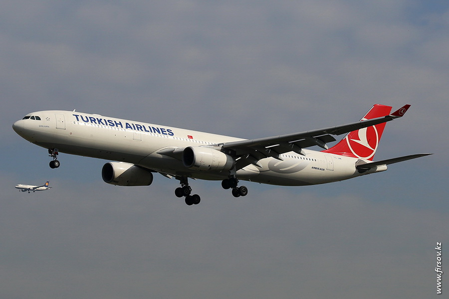 A-330_TC-JNK_Turkish_Airines_zps83db0078.JPG