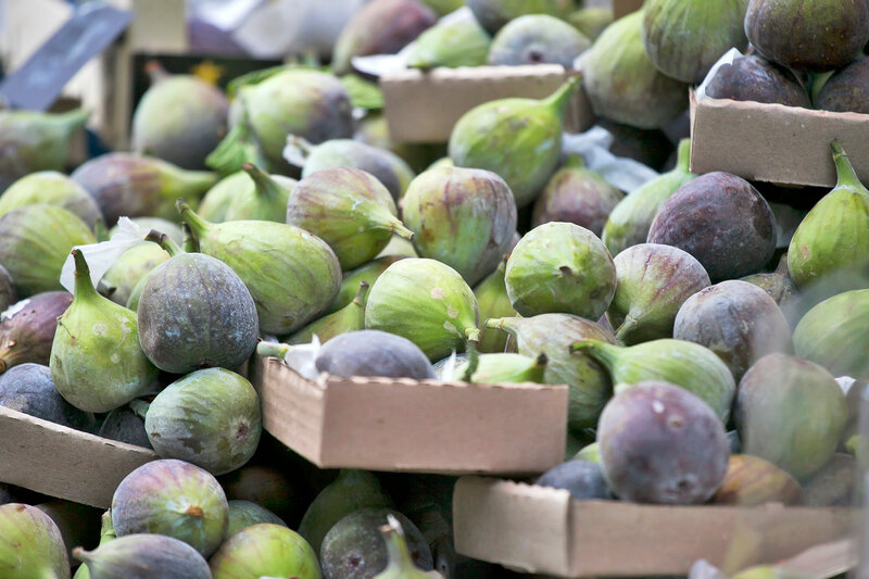 Turkish figs in a box on the market for sale