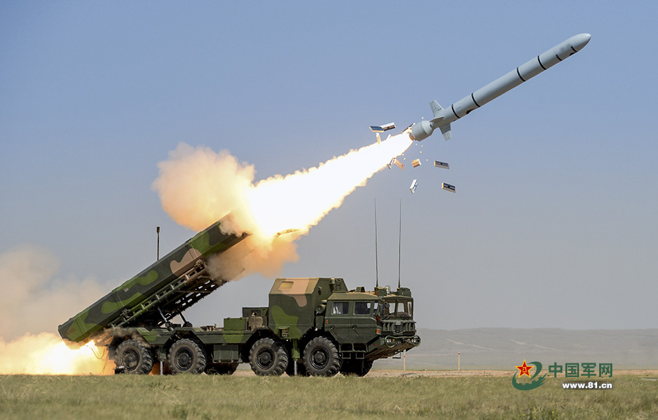 Launch of a Chinese land-based cruise missile DF-10