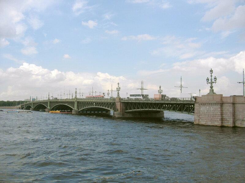 Троицкий мост.