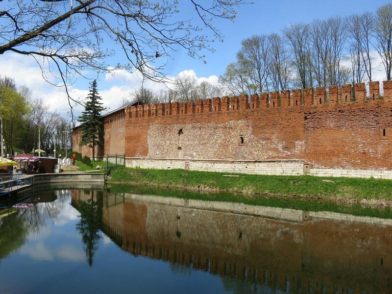 Излом стены в районе бывшей Безымянной круглой башни (27)