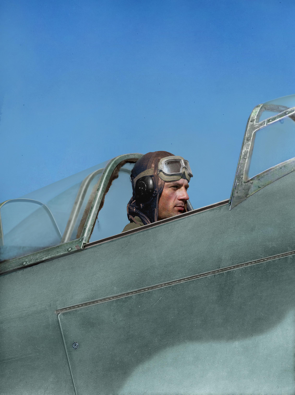 Военный пилот, 1940-е