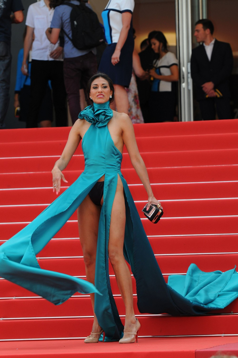 Откровенные платья Эбигейл Лопез