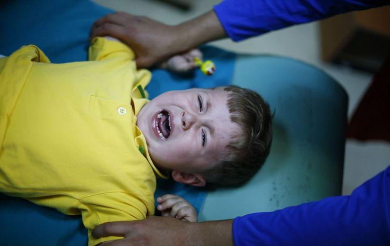Обрезание без анестезии у повзрослевших турецких мальчиков