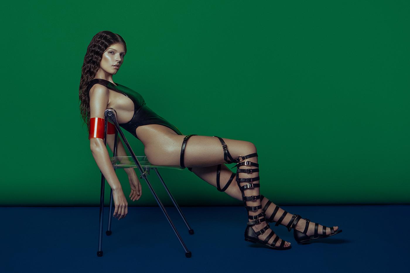 Latex для LUCYS Magazine / фотограф Elena Jasic