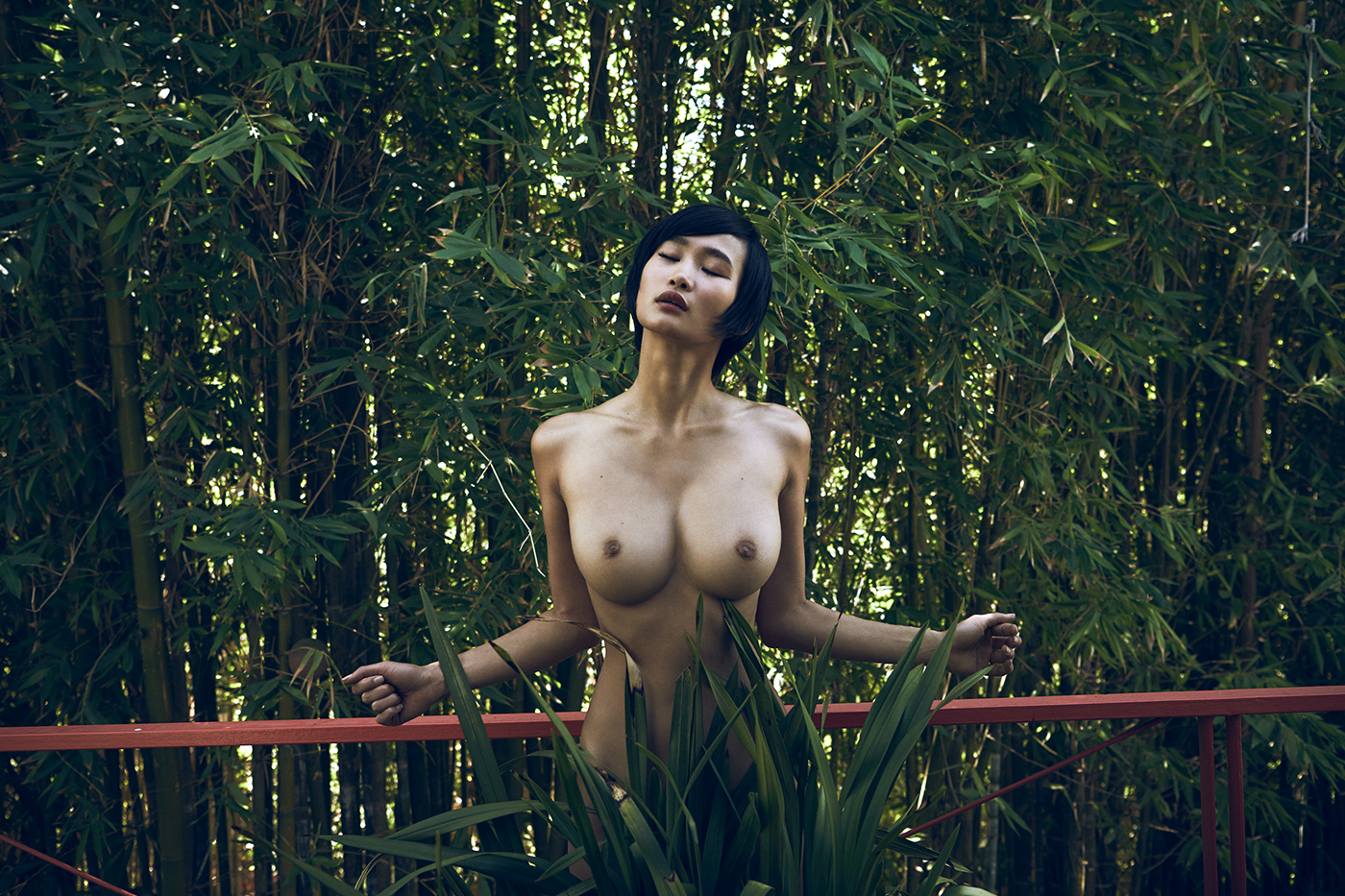 Miki for Forest Magazine LA 2016 / фото Stefan Rappo