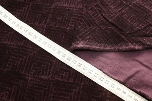 Ит1091   450руб-м Хлопковый велюр стрейч,цвет сливовый+шоколад,ткань приятная,бархатистая,для жакетов,платьев,юбок,брюк,шорт,курток,бомберов,детской одежды,шир.1,35м,хлопок 97%,эластан 3%