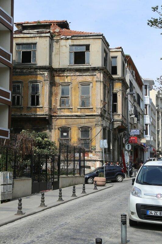 Стамбул. Улица Пейкане (Peykhane Caddesi)