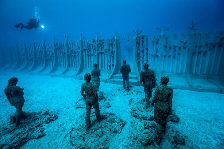Первый в Европе подводный музей Atlantico (13 фото)
