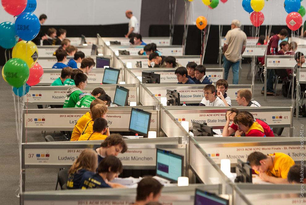 Несмотря на то, что они еще учатся в университетах, все, кто дошел до финала, уже трудоустроены