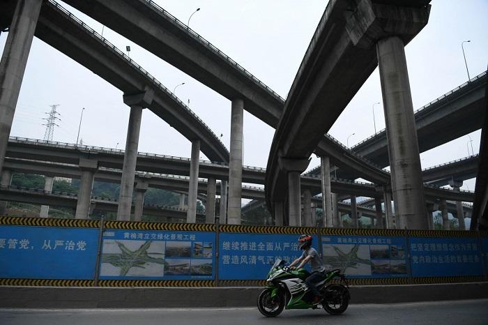 Пятиуровневая автомобильная развязка – инженерное чудо китайского города Чунцин. Представители город