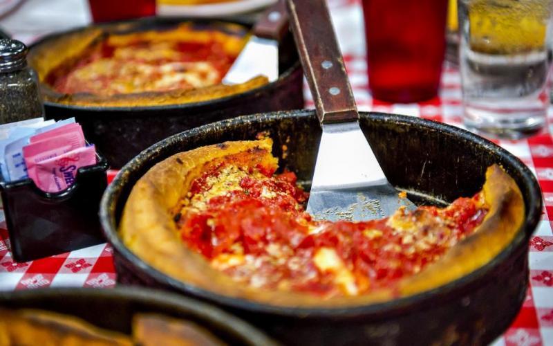 2. Идея приготовления не до конца запеченной пиццы возникла в Британии. Пицца, которую готовят в Чик